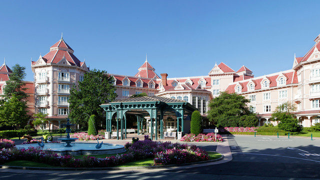 Front Entrance of the Disneyland Hotel, Disneyland Paris