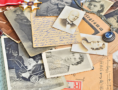 Discover Your Family History Gift Experience from Holiday Hamster