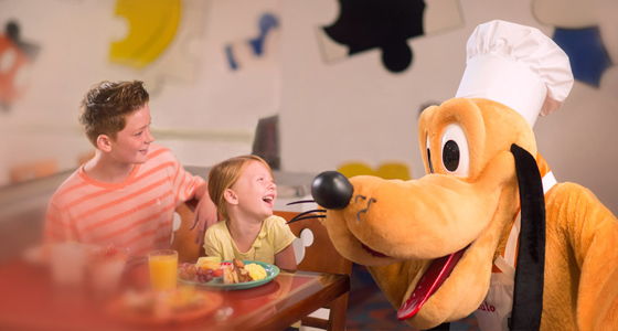FREE Disney Dining in 2018 at Walt Disney World with Holiday Hamster