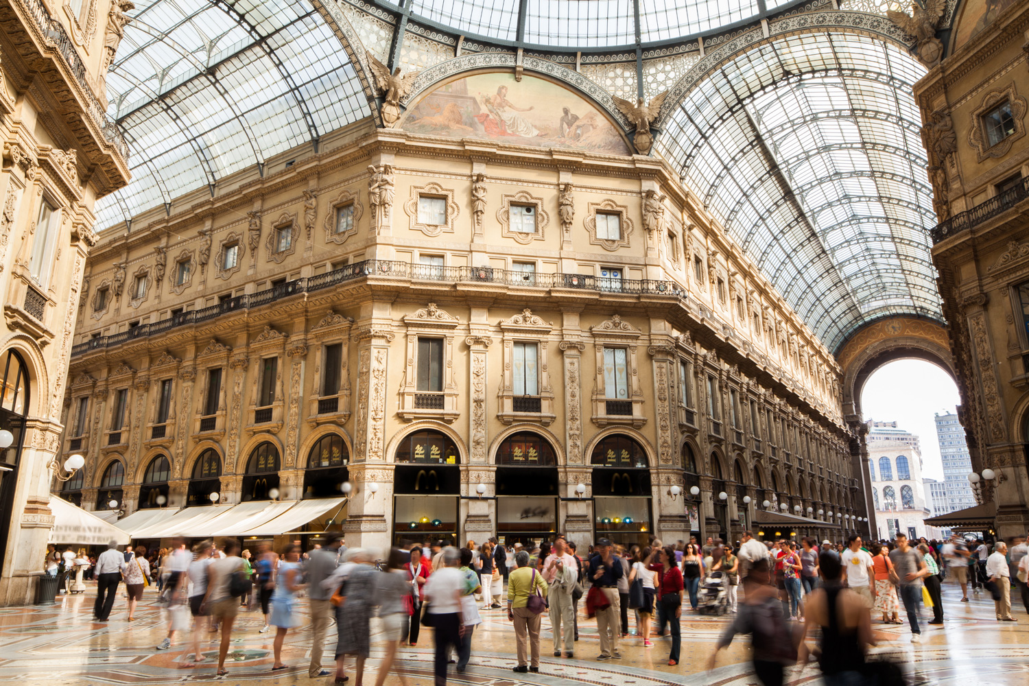 Galleria Vittorio Emanuele 2 shopping mall in Milan, Italy