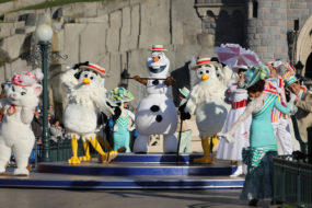 Olaf and Friends at the Disneyland Paris 25th Grand Celebration
